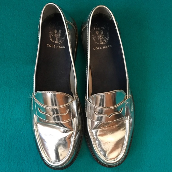 Cole Haan Shoes - Cole Haan Pinch Maine Classics Silver Loafers S9